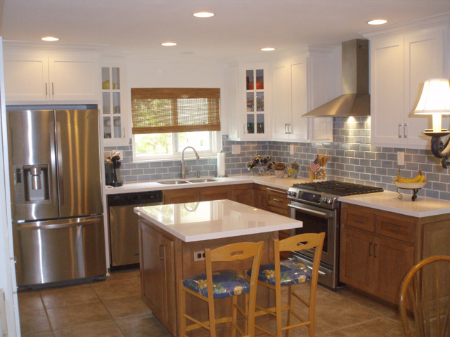 Face Frame Style Kitchen Cabinets Paint Grade Upper Cabinetaple Base With Shaker 3 4 Doors And Five Piece Drawer Fronts